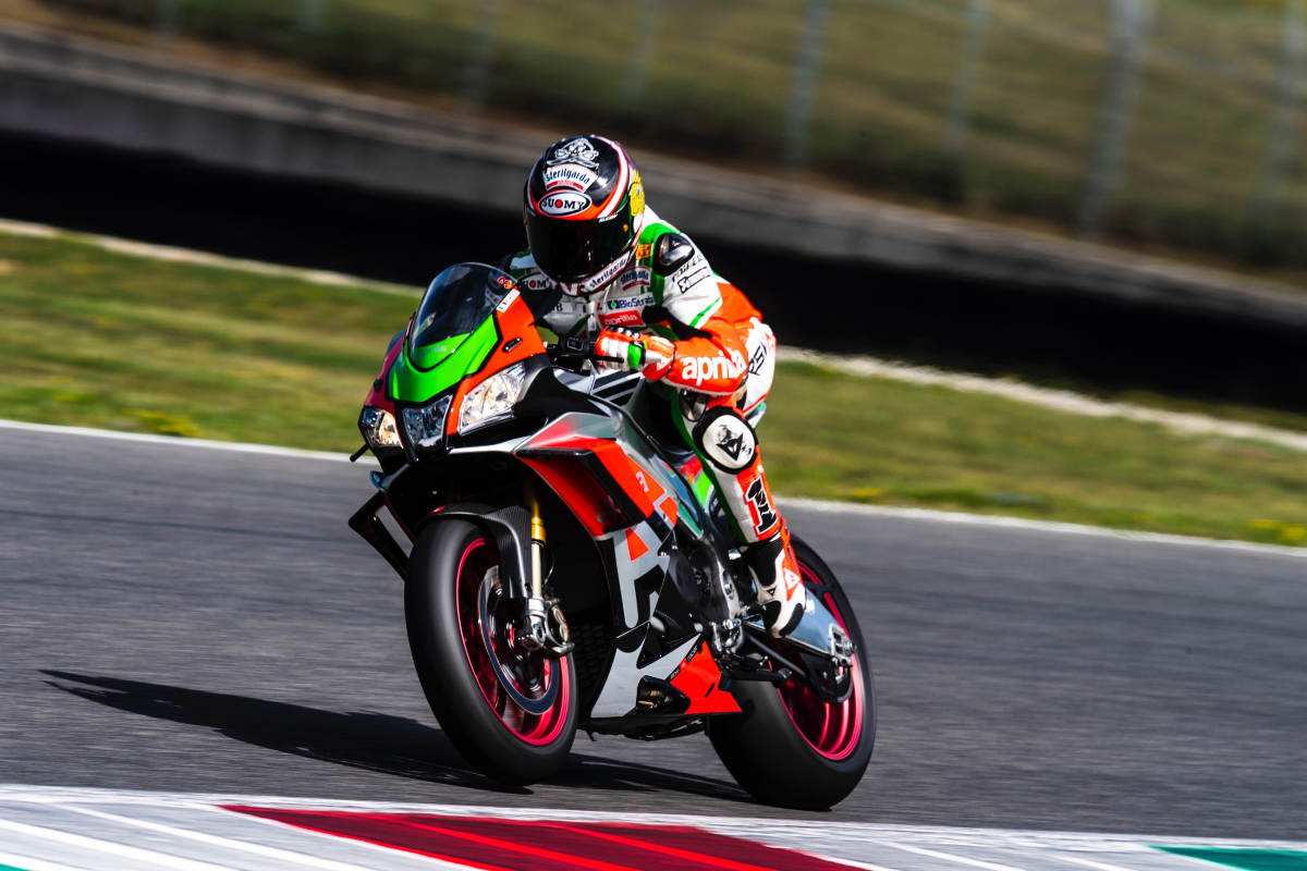 Loris Capirossi and Max Biaggi Ride At An Aprilia Track Day - Biaggi Action