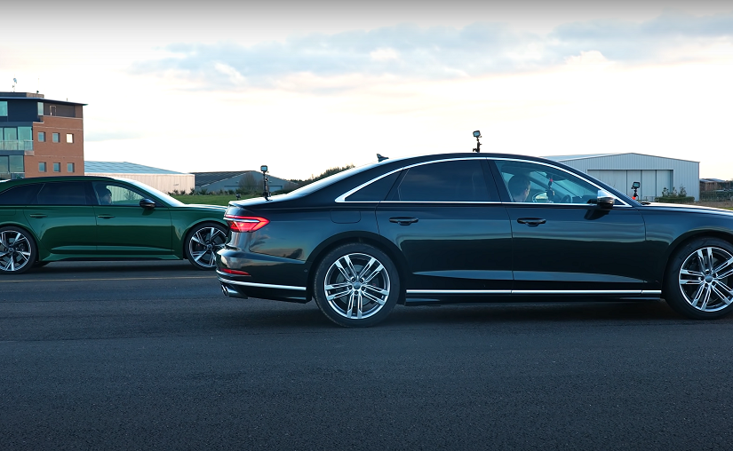 Audi RS6 Avant Takes on S8 in Battle of Mega Powerful Body Styles