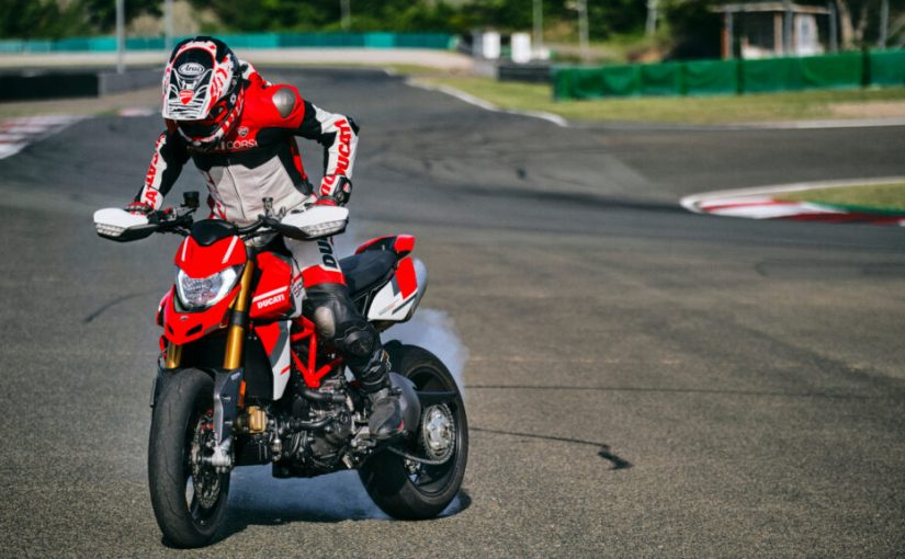 Paint and Euro 5 Updates for 2022 Ducati Hypermotard 950s
