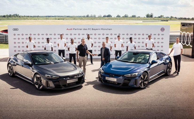 FC Bayern Players Receive New E-Tron GT And RS E-Tron GT